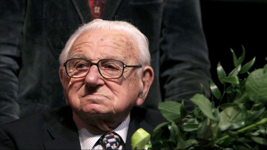 وفاة نيكولاس وينتون منقذ مئات الأطفال من محرقة النازية