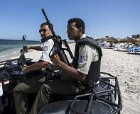 Tunisia arrests 12 suspected over Sousse beach attack