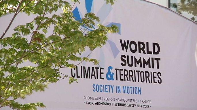 الدول المشاركة في قمة ليون المناخية تدعو إلى تخفيف الاحتباس الحراري