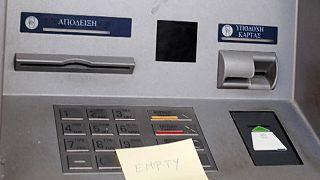 Grécia: Falta de liquidez afeta comércio