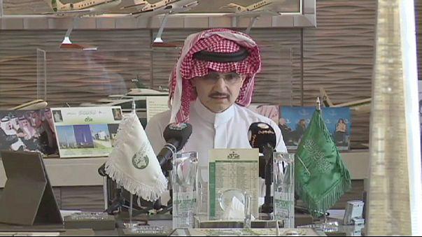 Suudi Prens Talal 32 milyar dolar bağışladı
