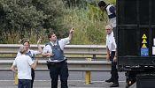 Calais migrants: France & UK promise tougher action
