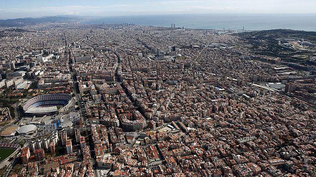 لا أَسِرَّةً جديدةً للسُيّاح في برشلونة