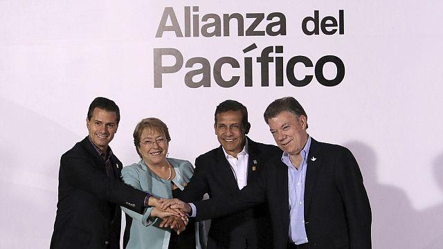قمة حلفاء المحيط الهادىء تبحث في بيرو تسريع التبادل التجاري