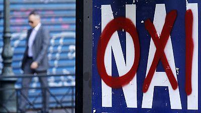 """Référendum grec : le """"oui"""" légèrement en tête pour la première fois"""