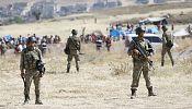 Давотоглу: Турция не вторгается в Сирию, но готова к любой угрозе ее безопасности