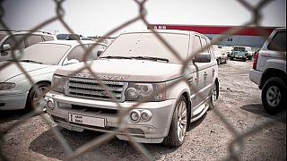 Dubai'nin terk edilen lüks arabaları