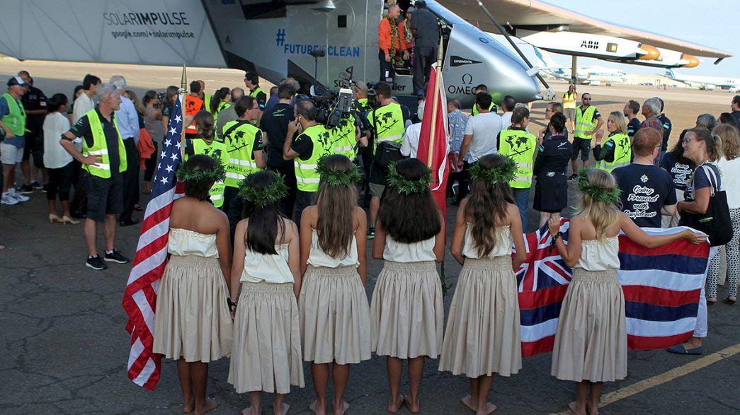 """Nach fünf Tagen Flug: Schweizer """"Solar Impulse"""" landet auf Hawaii"""