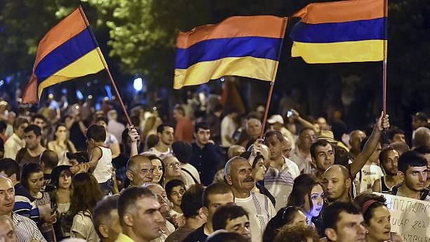 Armenians protest against electricity price rise