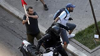 La policía griega interviene en incidentes aislados en la manifestación del 'no' al referéndum