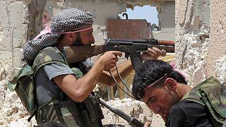A szíriai kormányerők Zabadani városát ostromolják