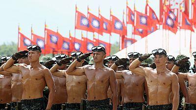 """Taiwan sfida la Cina. Parata militare nella """"Giornata della Vittoria"""""""