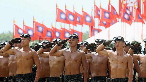 رژه نظامی در تایوان به مناسبت هفتادمین سالگرد پیروزی بر ژاپن
