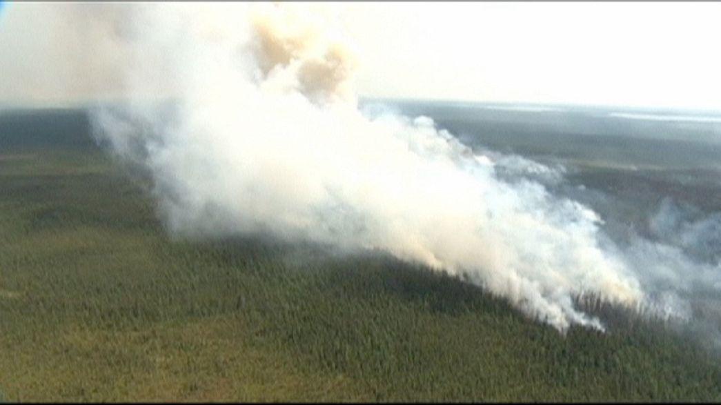 Emergenza incendi nel nord del Canada