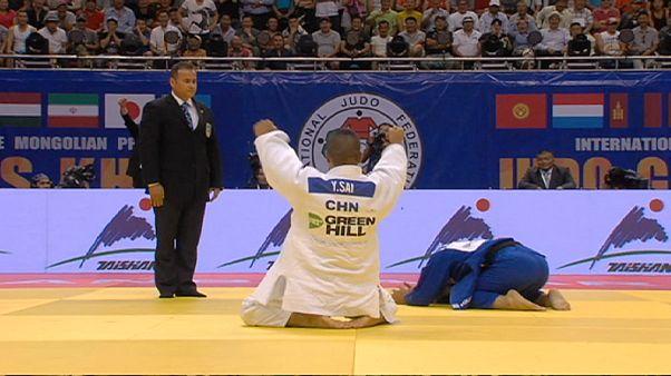 Çinli Yinjirigala judo kariyerindeki ilk altın madalyasını kazandı