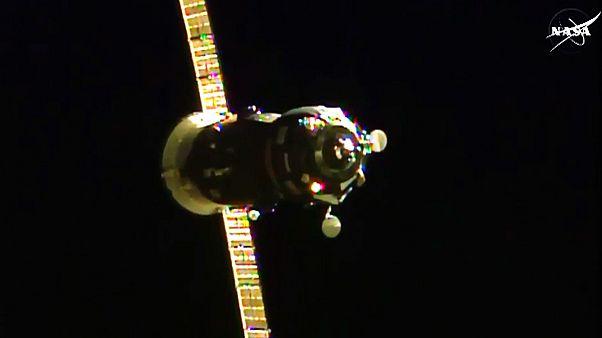 """پس از دو بار شکست، فضاپیمای"""" پروگرس"""" وارد ایستگاه فضایی بین المللی شد"""