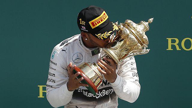 Lewis Hamilton et Sébastien Ogier sacrés