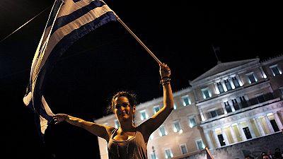 Voto greco: lunedì vertice d'urgenza a Parigi tra Merkel e Hollande
