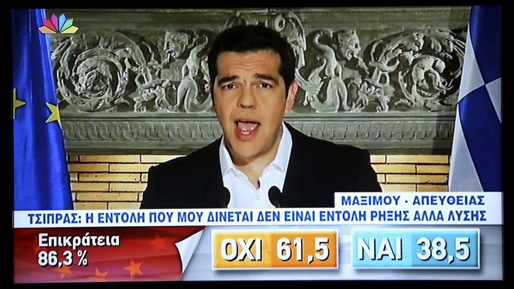 """Vitória incontestável do """"Não"""" no referendo grego"""