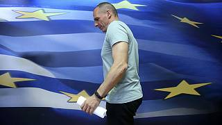 وزير المالية اليوناني يانيس فاروفاكيس يعلن استقالته
