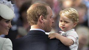 Centinaia di persone per il battesimo della Principessa Charlotte