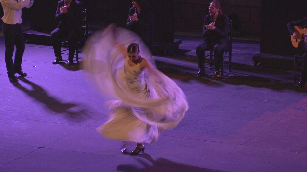 """عروض عالمية متنوعة في مهرجان """"العالمين"""" في مدينة سبوليتو"""