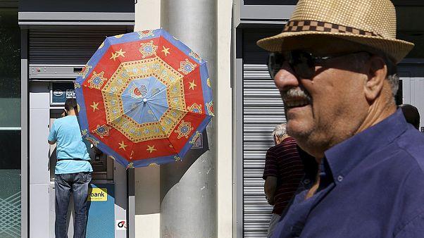 A bankok újranyitását sürgetik a görög vállalkozók