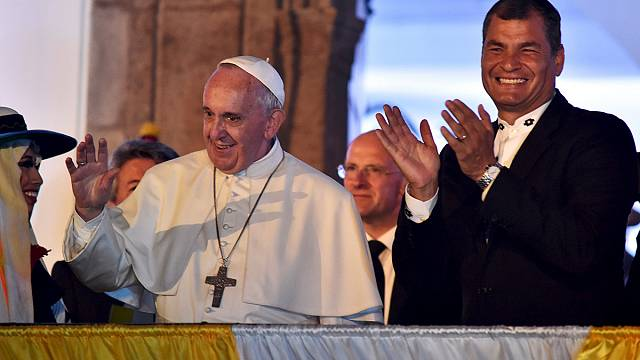 Pope puts the family at the heart of his first Ecuador mass