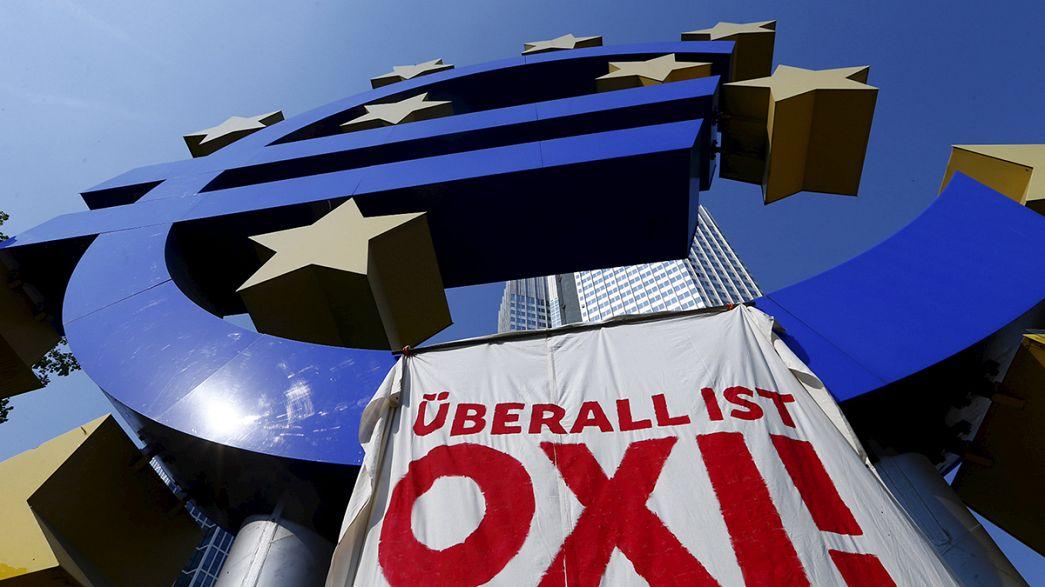 BCE mantém linha de liquidez aos bancos gregos mas endurece condições de financiamento