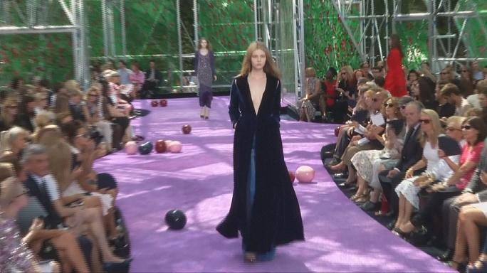 Valli 'eccentric' Dior inspired by Flemish masters at Paris Fashion Week