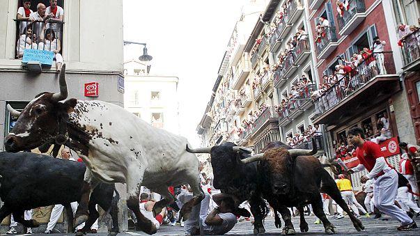 San Fermines: Drei Ausländer bei Stierhatz in Pamplona von Stieren aufgespießt