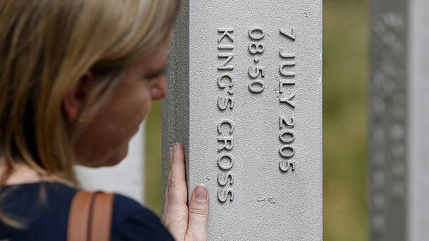 İngiltere'de kanlı saldırıların 10. yıldönümü