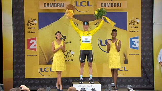 Martin nyert és vezet a Tour de France-on