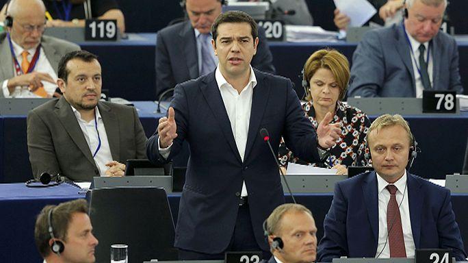 Ciprasz ragaszkodik a görögök választáshoz való jogához