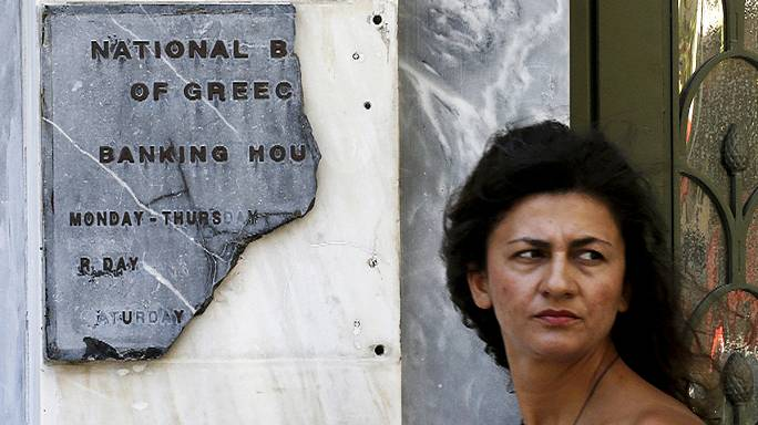 Anxious time for Greek residents and businesses with banks still closed