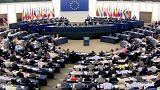 TTIP, sì dell'Europarlamento ai negoziati, ma niente tribunali privati. Le diatribe tra Stati e multinazionali regolate da organismi pubblici