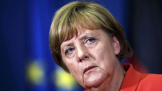 Merkel: falak építése nem megoldás