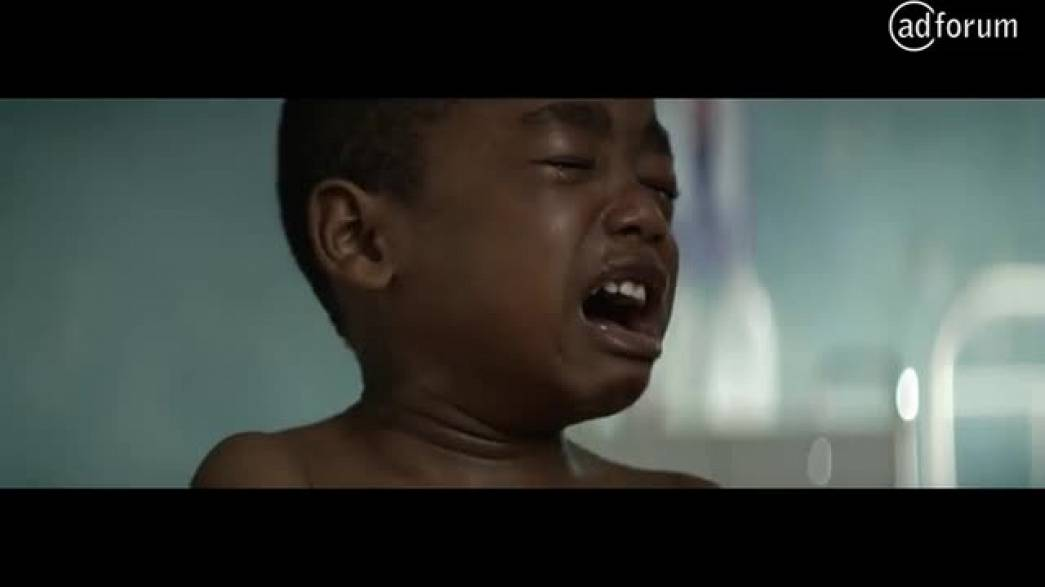Faire pleurer un enfant (Médecins du Monde)