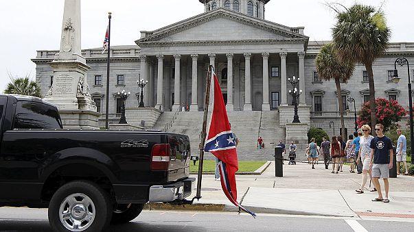 Флаг Конфедерации больше не развевается у капитолия Южной Каролины
