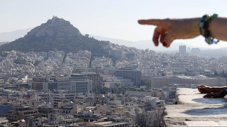 Greek spending spree fueled by bank crisis