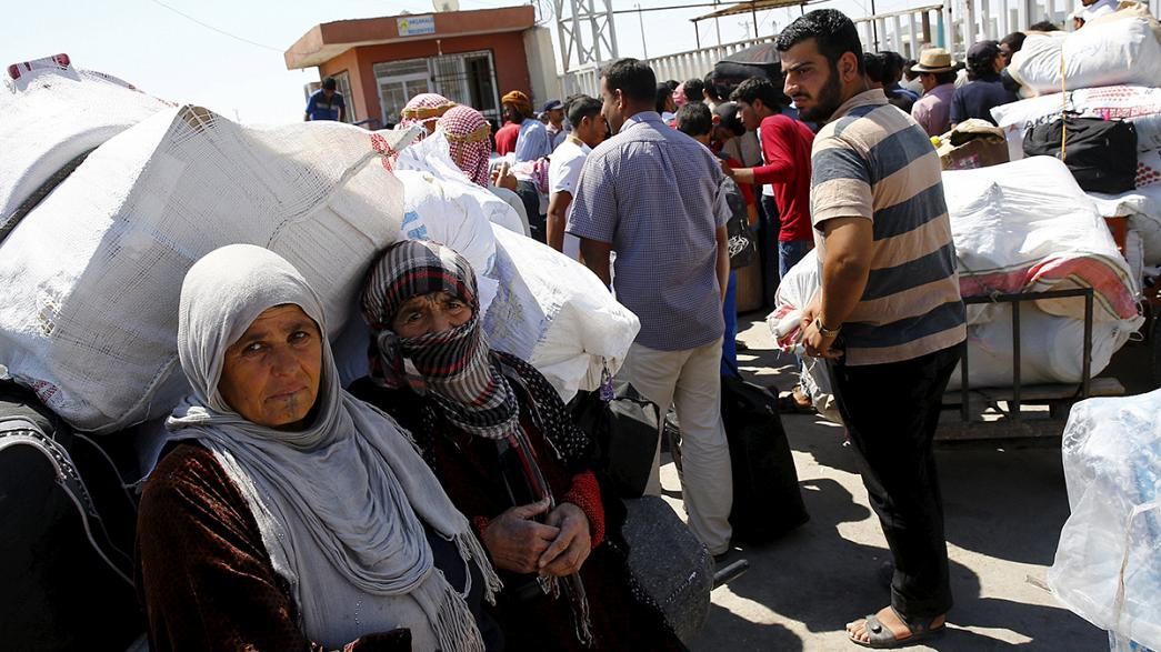 Syrian refugees now four million, displaced approach eight million