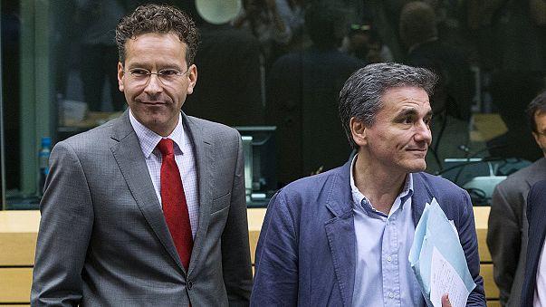 Il piano greco tra apprezzamenti e freddezza, verso l'Eurogruppo decisivo per le sorti di Atene