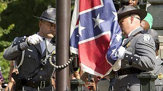EUA: Bandeira da Confederação retirada da Carolina do Sul