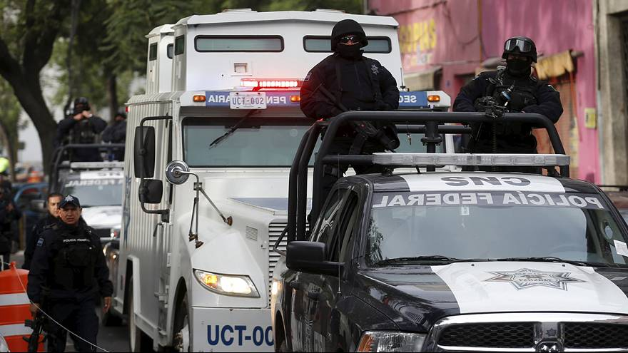 """Amplio despliegue en México para capturar al narcotraficante """"El Chapo"""""""
