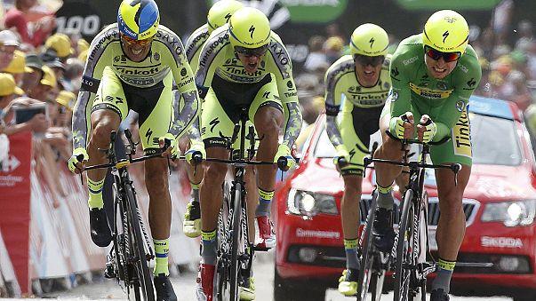 Fransa Bisiklet Turu'nda 'takım zamana karşı' yarışını BMC kazandı