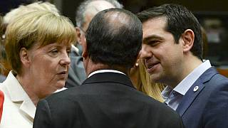 Euro Bölgesi Yunanistan krizinde ikiye bölündü
