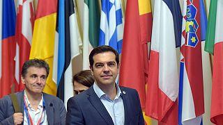 La eurozona logra un acuerdo unánime con Grecia