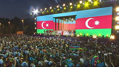 Thousands celebrate end of European Games in Baku – nocomment