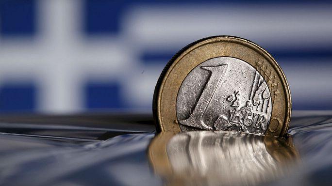 Yunanistan'ın mali yardım anlaşmasına tepkiler