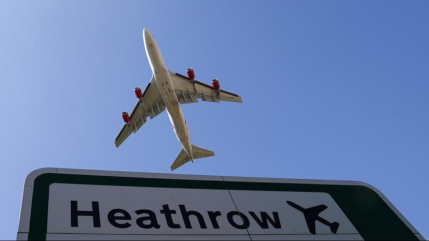 Una protesta ecologista provoca retrasos en el aeropuerto de Heathrow